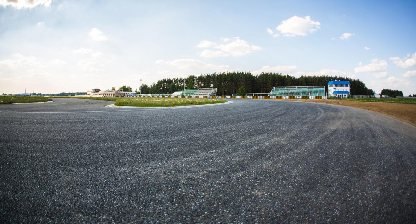 ADM Raceway Мячково MaxPowerCars